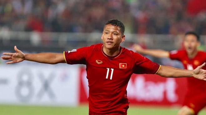 Tuyển Việt Nam đánh bại Thái Lan bằng bàn thắng ở phút bù giờ