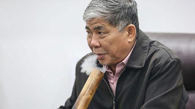 Đại gia điếu cày Lê Thanh Thản bị khởi tố