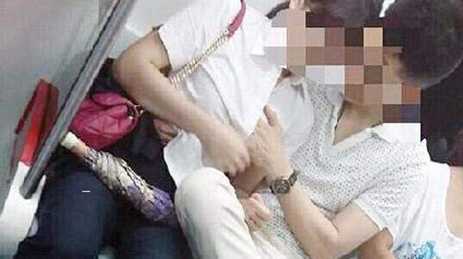3 lần sờ ngực phụ nữ trên xe buýt, người đàn ông bị phạt 200.000 đồng