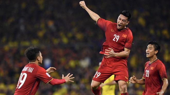 Thầy Park chốt đội hình đá với Thái Lan
