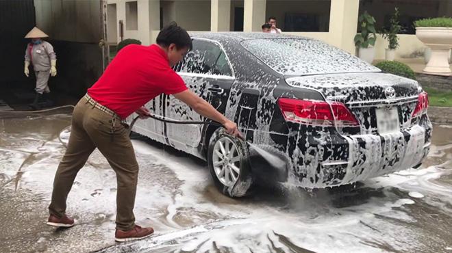 Đề xuất xe phải rửa trước khi vào Hà Nội để chống ô nhiễm