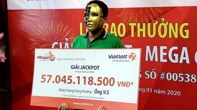 Tài xế Grab trúng 57 tỷ Vietlott vẫn muốn chạy xe ôm