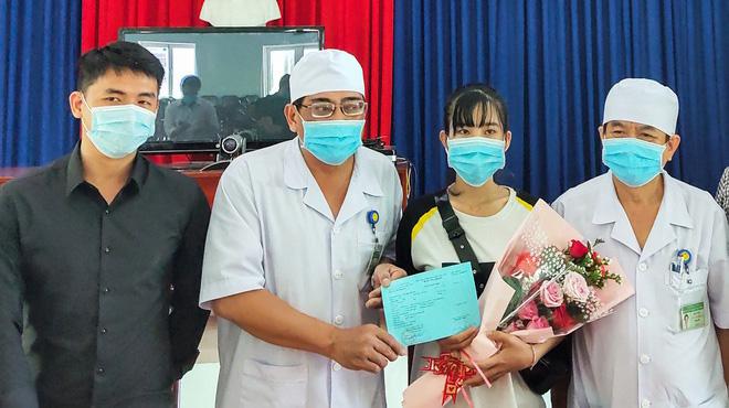 Nữ lễ tân ở Nha Trang được chữa khỏi virus corona
