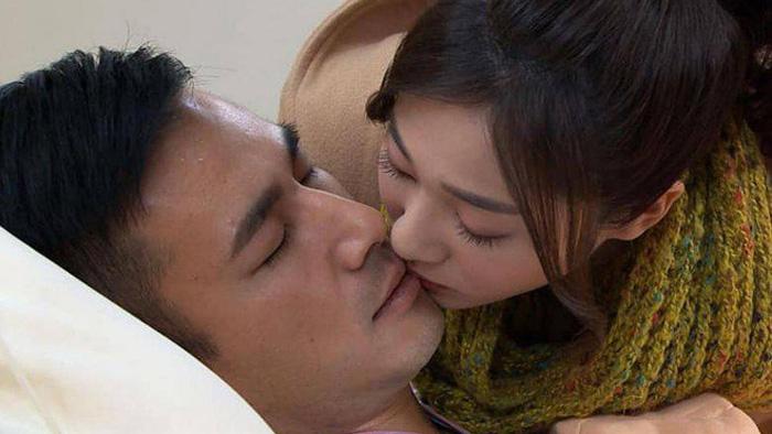 Phim truyền hình Đài Loan cấm cảnh hôn nhau vì lo sợ virus corona