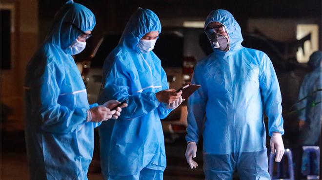 Hà nội đang đứng trước báo động đỏ của dịch covid có diễn biến phức tạ