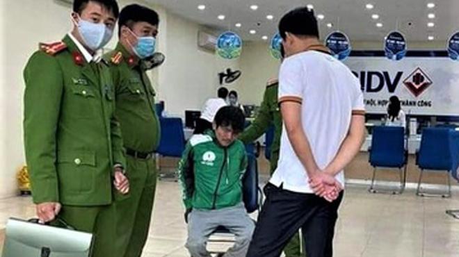 Khống chế nghi phạm cướp ngân hàng tại Hà Nội