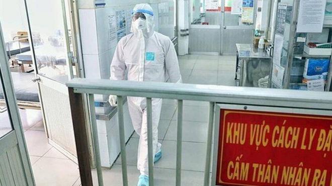 Yên Bái: Nhân viên khách sạn dương tính SARS-CoV-2, lây từ chuyên gia Ấn Độ